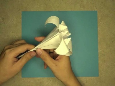 How to make an Iris Lily: Mr.Origami, Lesson 3