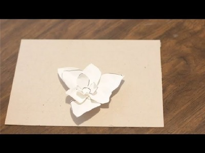 How to Make Paper Magnolias : Paper Crafts