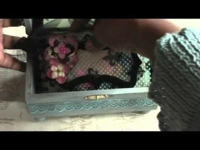 Scrapbooking Altered box and mini album