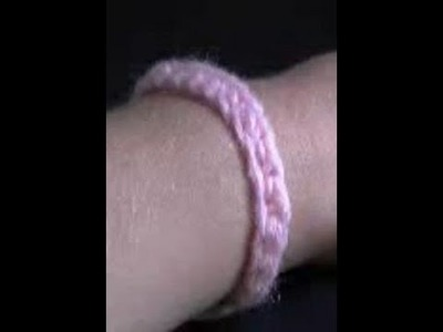 How to Crochet a Easy Single Crochet Bracelet Part 1 of 2