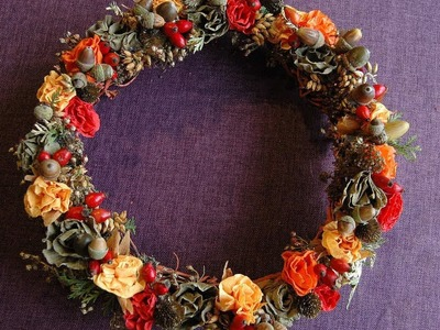 How to make fall wreath with paper flowers. DIY