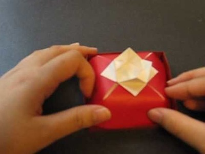 Origami 10 - Cake Box - with a Lid of Flower (Part 2 of 2 - Flower-Lid Assembly & Body)
