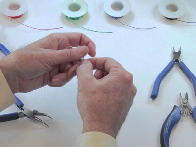 WigJig Video 4 Making a Bead Dangle Using Head Pins and Beads