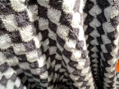 Catherine Wheel stitch crocheted blanket