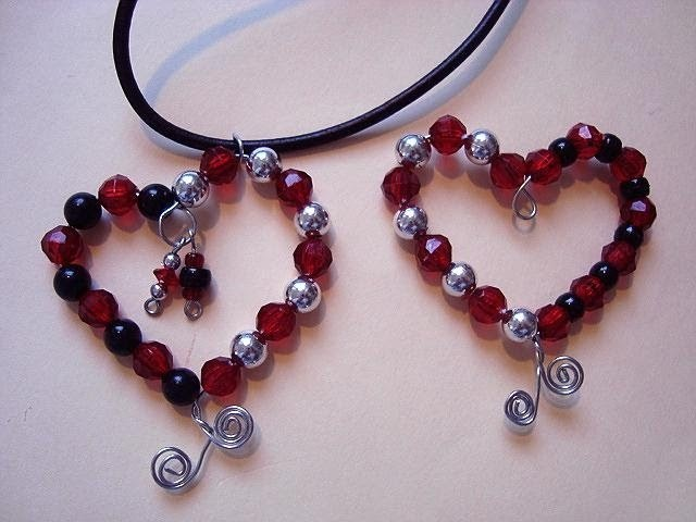 How to make a beaded heart pendant, valentine jewelry,