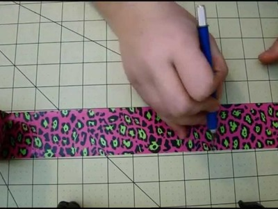 How to make a Duct tape Women's Wallet tutorial DIY - Part 1