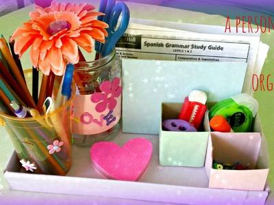 *Kids Crafts*: Colorful Desk Organizer!