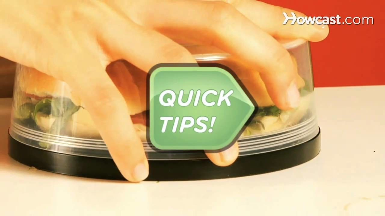 Quick Tips: How to Keep a Bagel Sandwich from Getting Crushed