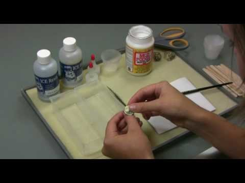 Artbeads.com Handy Tip - How to use ICE Resin to make resin jewelry
