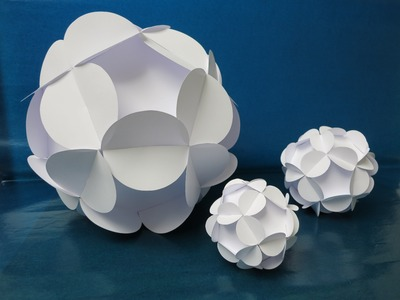 Sliceform - papercraft - kusudama - flowerball - tutorial -dutchpapergirl