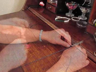 Square knot bracelet using tiny hole beads - Diy