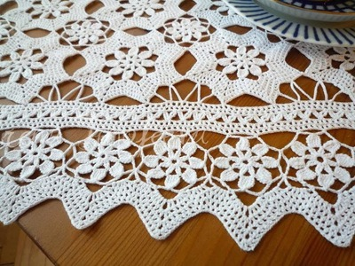 (2) Tableclothes Models Great Lace Designs Crochet Knitting New Trends