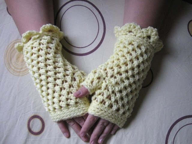Crochet Fingerless Gloves Tutorial - Butterfly Stitch