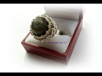 DIY how to make a ring using superduo beads and a pearl.gemstone