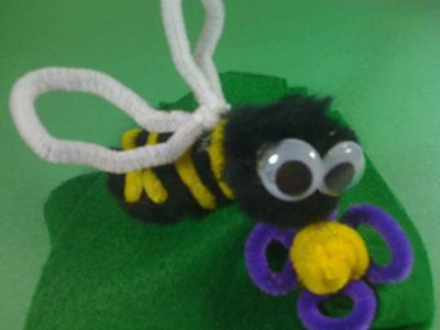 How to Make Pom Pom Bumble Bee Book Bag Charm Craft - EP