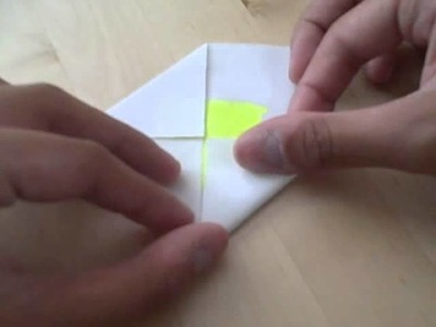 How to Fold a Very Easy Origami Flower!