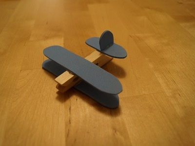 Easy Airplane Craft - Family Fun
