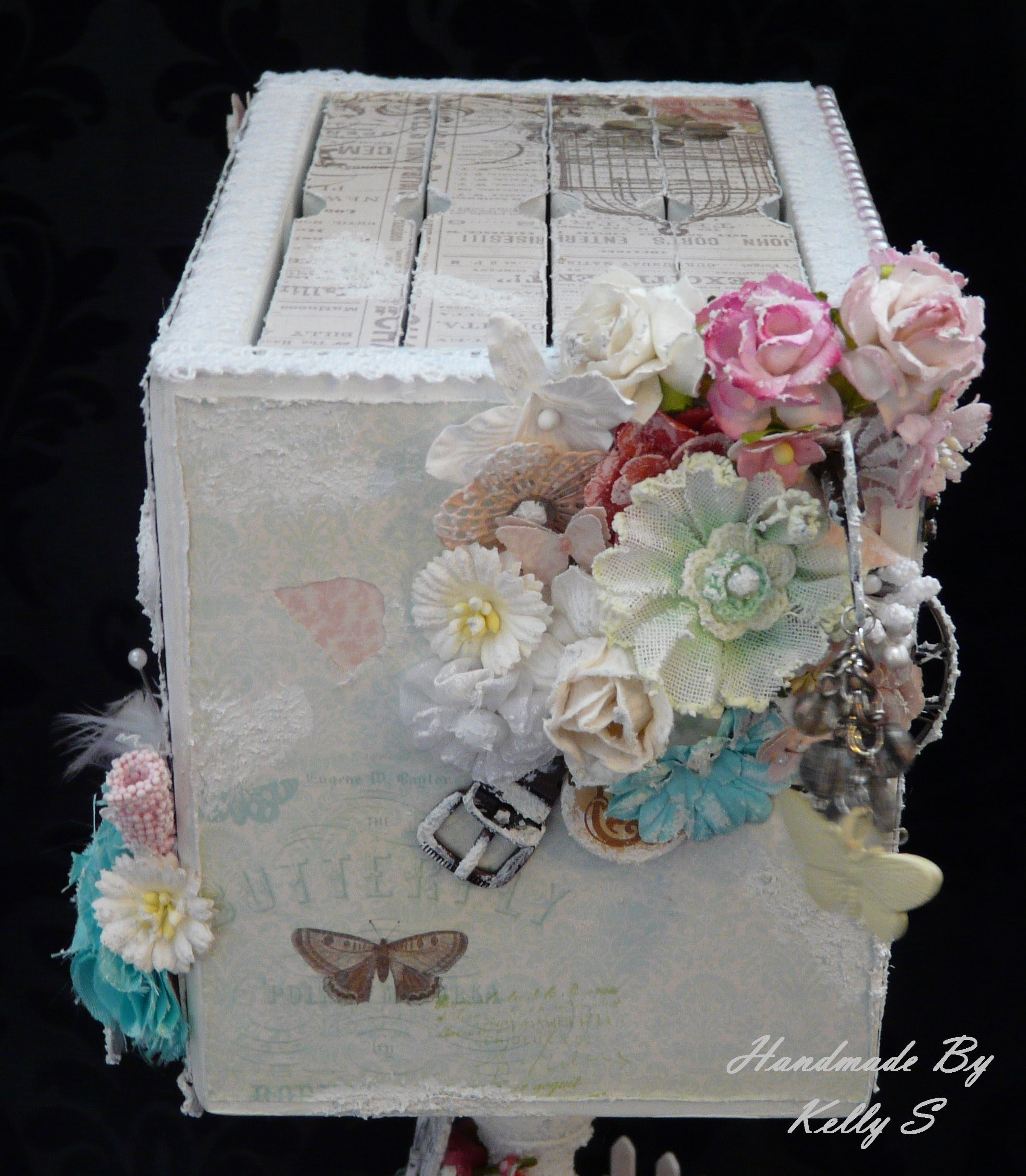 'Family Memories' Photo Album & Decorative Stand - Discount Paper Crafts Design Team Call - Kelly S