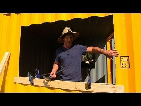 DIY: how to build a BBQ beach shack
