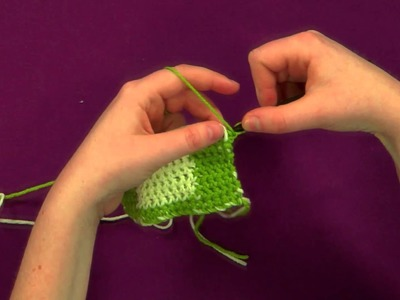 How to Flat Tapestry Crochet Using Single Crochet in Reverse