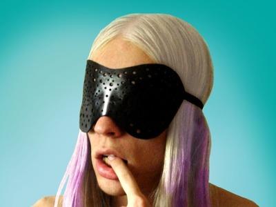 Lady Gaga Leather Hole Mask – Sire Sasa tutorial 22