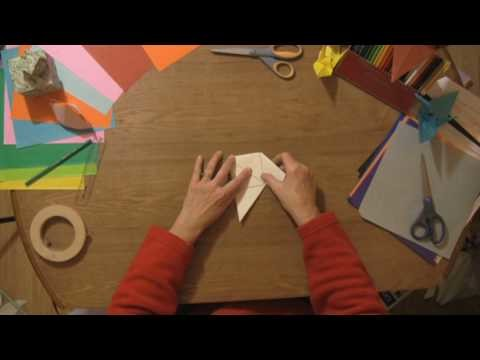 Origami & Paper Crafts : How to Make Paper Spinners