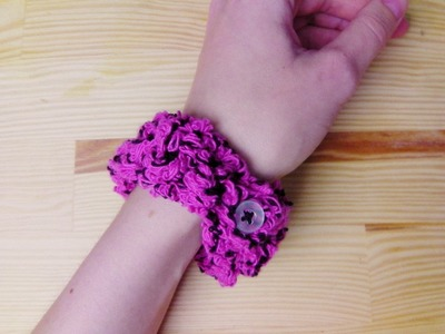 How to crochet a bracelet with button