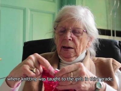 Portrait of my Mother - Knitting (Portret van mijn moeder)