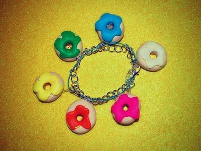 10 DIY Gifts: Gift idea 9: Cute Clay Doughnut Charm Bracelet