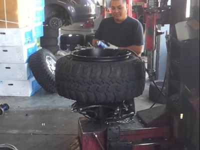 Mounting 20x14 rims with 33x13.5 tires