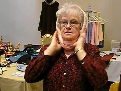 Carole Wurst demonstrates her Circle Scarf