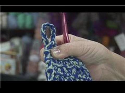 How to Crochet : How to Crochet Easy Pot Holders