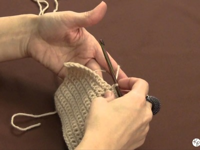 How to Hold a Crochet Hook & Yarn