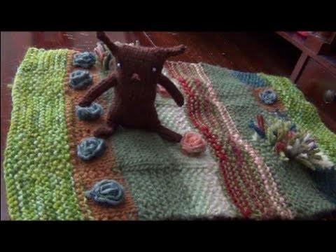 How to Knit a Peter Rabbit Garden