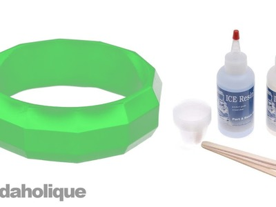 How to Make a Resin Bangle Bracelet Using a Block Mold