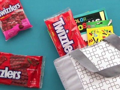 HERSHEY'S - Summer Craft - TWIZZLERS Candy Travel Kits