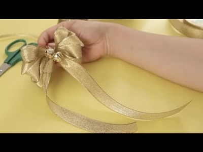 How to make bows to decorate your Christmas tree : Christmas crafts for the whole family