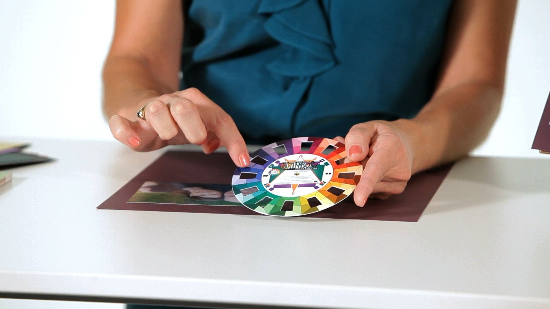 How to Pick Colors   Scrapbooking