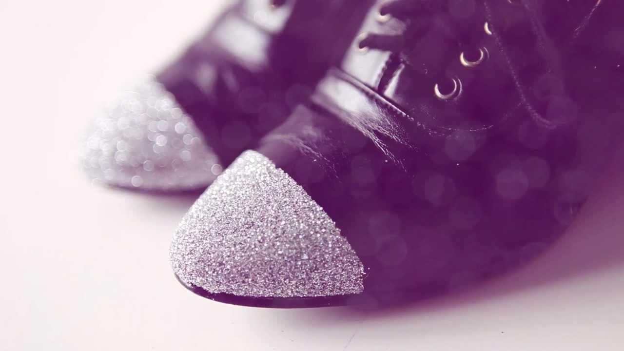 DIY sparkle & glitter shoes - DIY fashion video tutorial