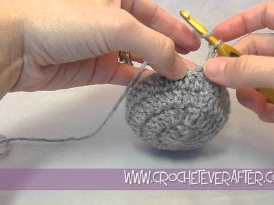 Double Crochet Tutorial #8: DC Decrease in the Round