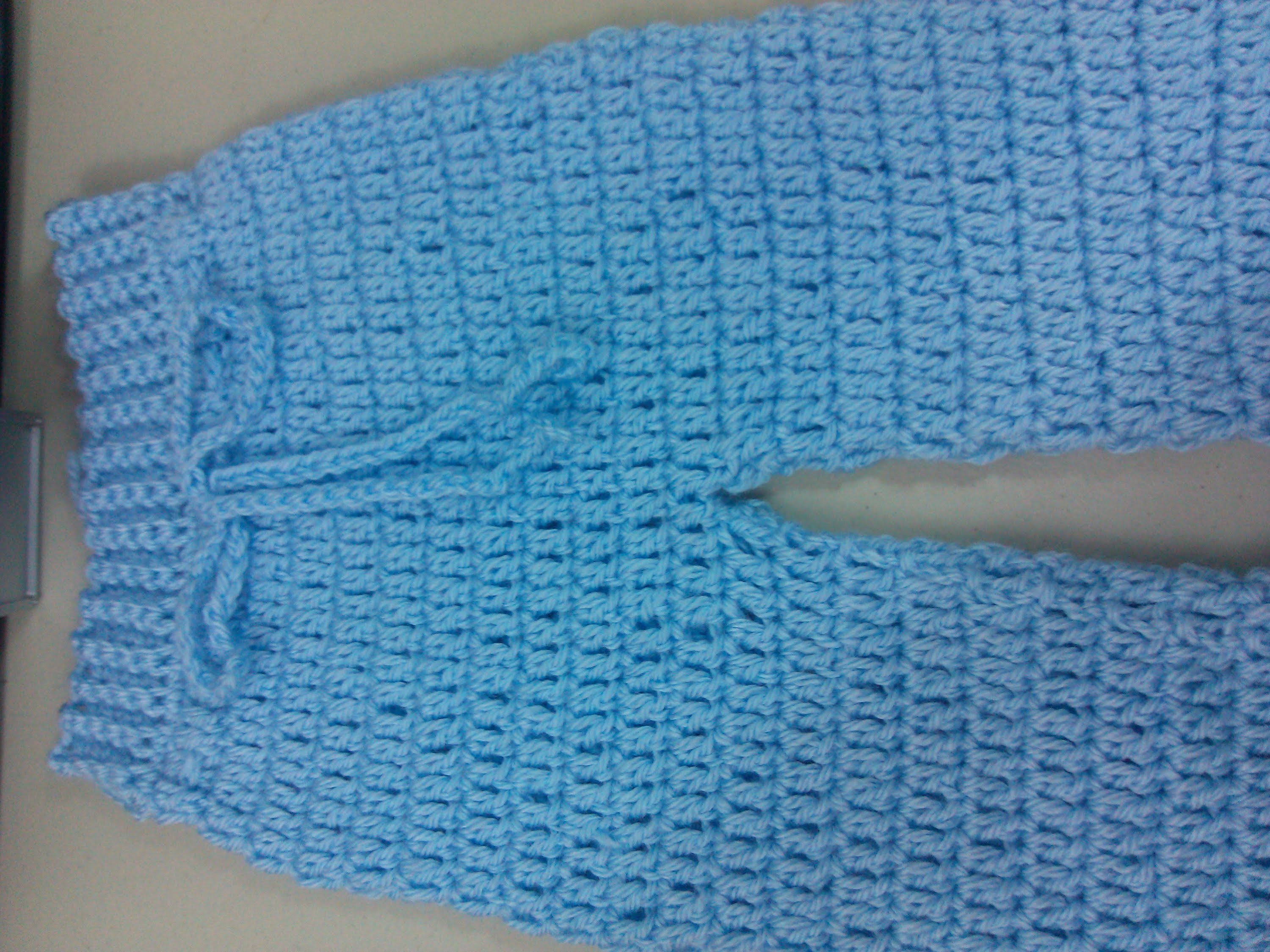 Easy to crochet baby. Infant pants