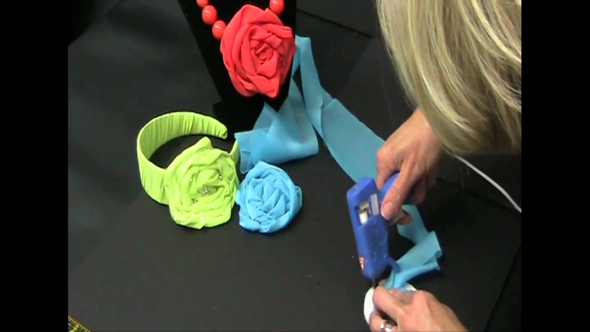 Easy Twisted Fabric Flower Craft | Beverly's How-To