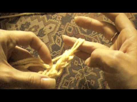 How to: Start a Finger Crochet Chain & Single Stitch