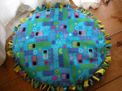 DIY Handmade Dog Bed Without Sewing