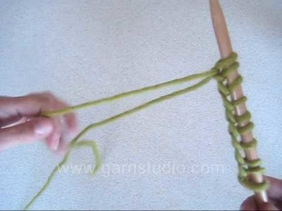 DROPS Knitting Tutorial: How to cast on with two needles