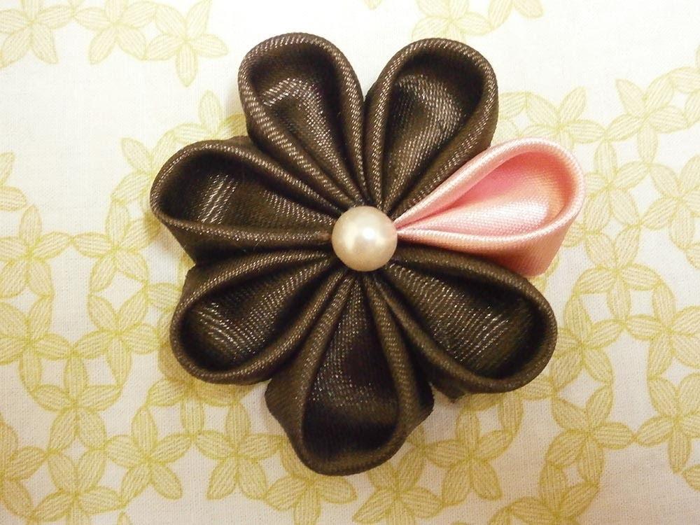 How to make kanzashi flowers, DIY ribbon flowers,tutorial,kanzashi flores de cinta