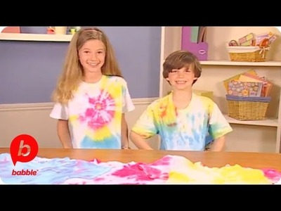 How-to: Tie-Dye T-Shirt | Kitschy Crafts | Babble