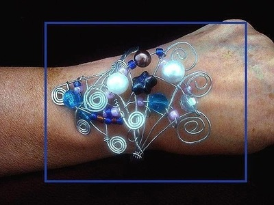 HOW TO MAKE A BEADED SCROLLED WIRE BRACELET, wire wrapped jewelry, free pattern, lesson