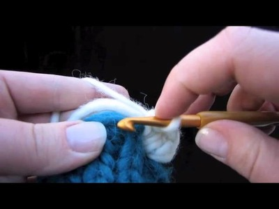 KNITFreedom - How To Crochet A Scalloped Edge Or Border