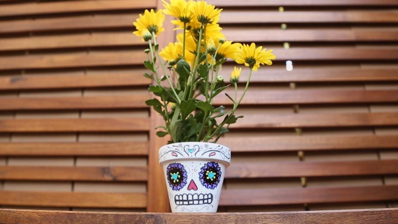 Dia de los Muertos Sugar Skull Planters ♥ DIY